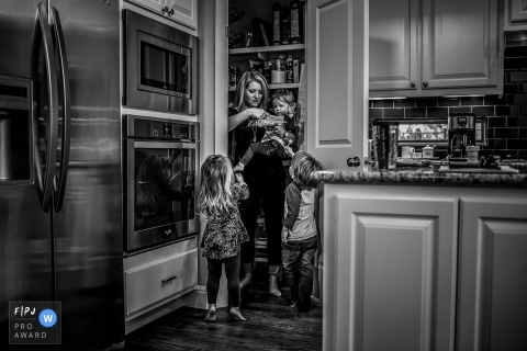 Tia Costello is a family photographer from Texas
