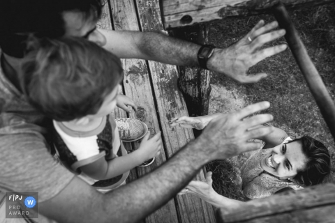 Bruno Montt is a family photographer from Rio de Janeiro