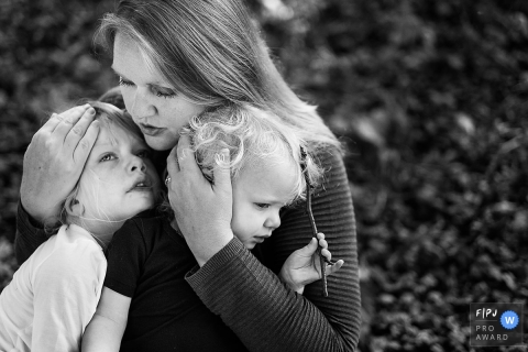 Joshua Dhondt is a family photographer from