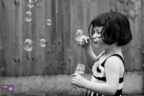 Alexa Kidd-May is a family photographer from London