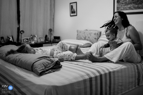 Giovanna Guiotti is a family photographer from Distrito Federal