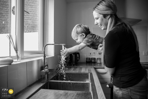 Kloë Guppy is a family photographer from West Sussex