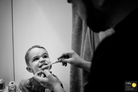 Sybil Rondeau is a family photographer from