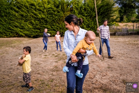 Family going for a walk | Chile Documentary Family Photographer