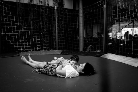 Joni Pereira is a family photographer from Santa Catarina
