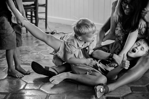 Julie Ambos is a family photographer from Florida