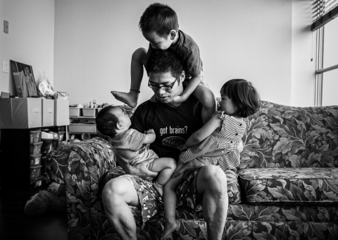 Sherry Tong is a family photographer from Illinois