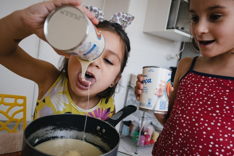 Raquel O'Czerny is a family photographer from São Paulo