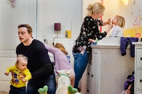 Nighttime family routine - katrin kuellenberg