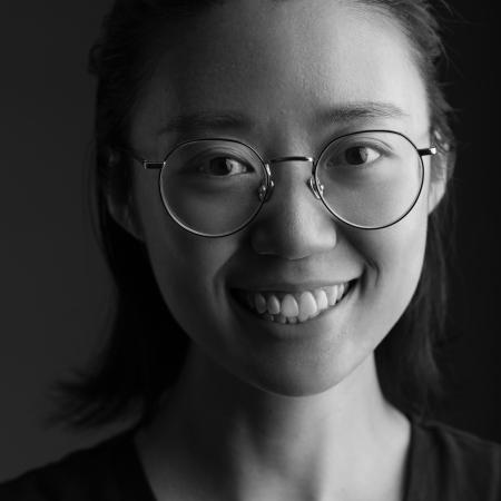 Zhejiang Family Photographer Mengjing Yao, of China.