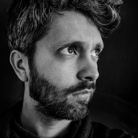 Kobe Vanderzande est un photographe de famille documentaire originaire de Belgique et du Limbourg.