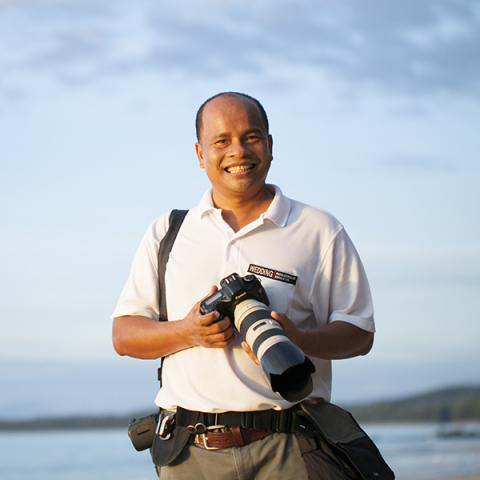 Thailand and Phuket is where Aht Yomyai does most of his family photography.
