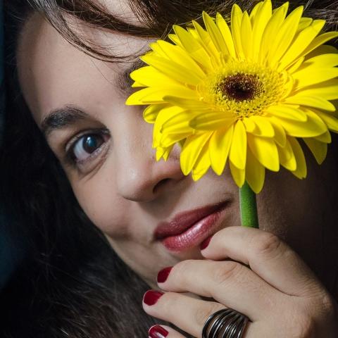 Portrait de la photographe de famille de Rio de Janeiro, Gisele Soares du Brésil