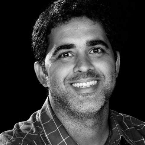 Le photojournaliste de la famille de Rio de Janeiro, Gustavo Medeiros