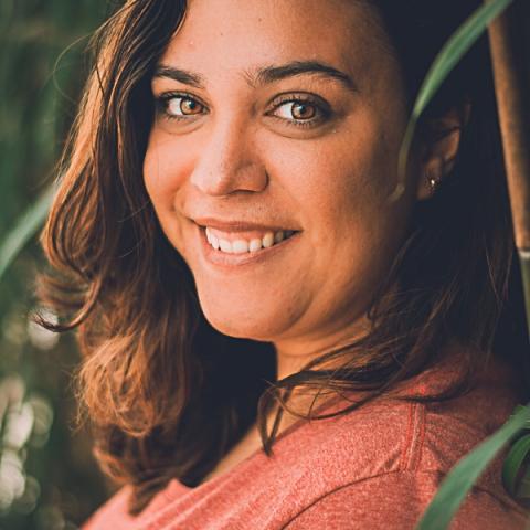 Gabi Coelho is a family photographer from Alagoas, in Brasil.