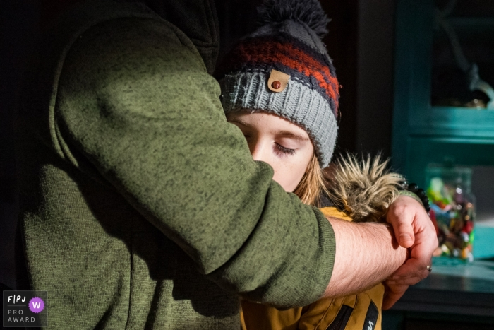 Dusseldorf Documentary-Style Photographer - North Rhine-Westphalia Family Photography - Keeping warm and safe