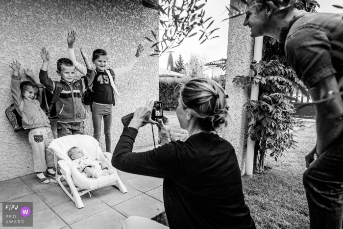 Haute-Garonne family pictures | the traditional photo on the first day of school