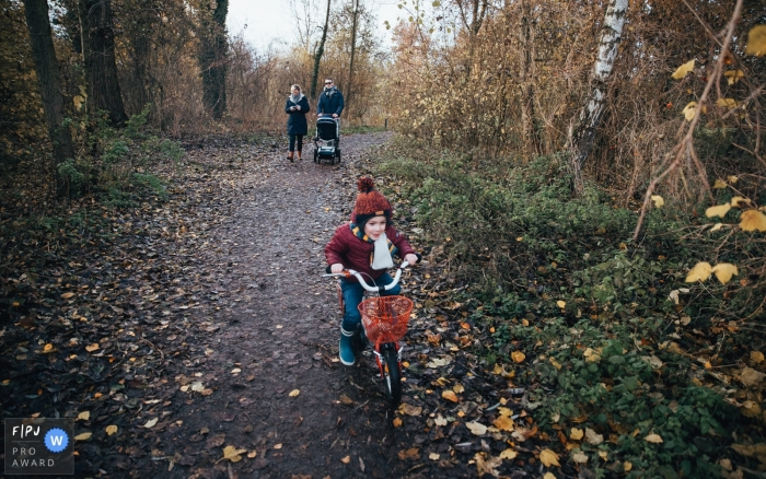 Eindhoven Documentary Family Session | taking a stroll during the fall