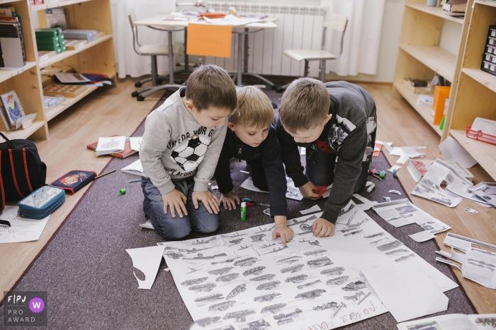 Russia, Saint Petersburg documentary-style family photo shoot at the Montessori school